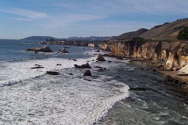 Pismo Beach surf and beach